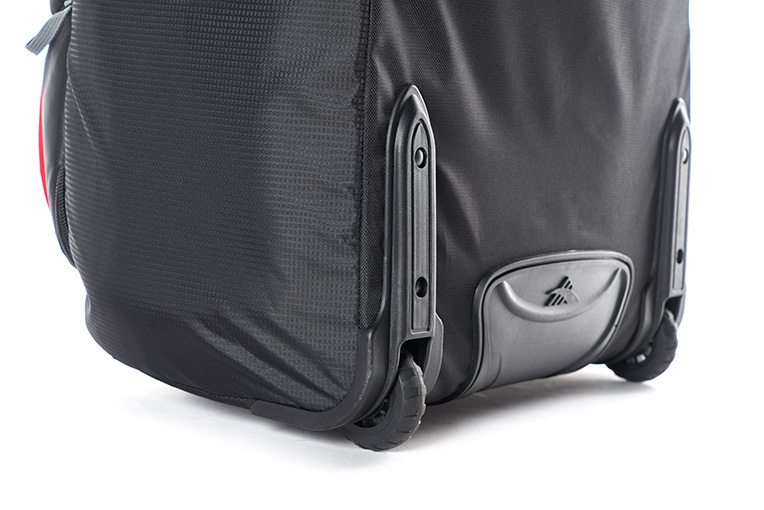 b6a4b09d28f High Sierra – Composite V3 56cm Small RFID Wheeled Duffle With Backpack  Straps – Black