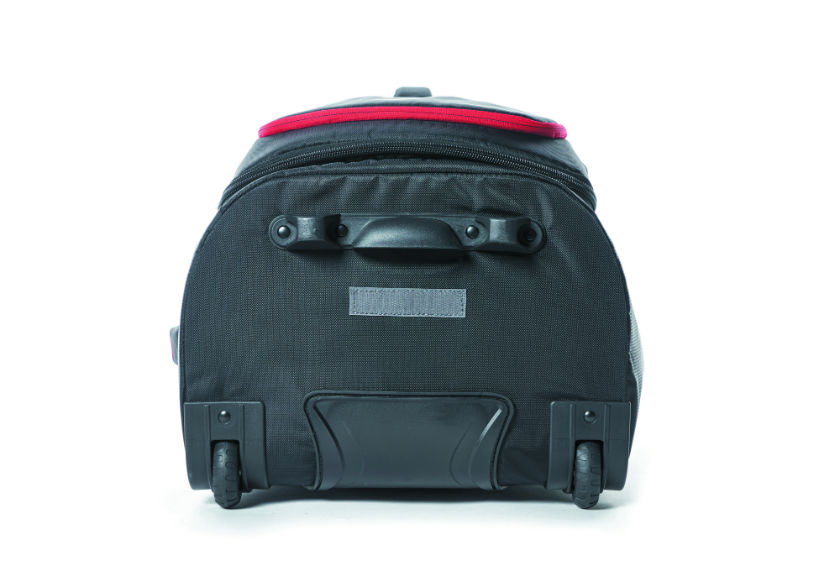 d2bf86fb2312 High Sierra – Composite V3 76cm Medium RFID Wheeled Duffle With Backpack  Straps ...